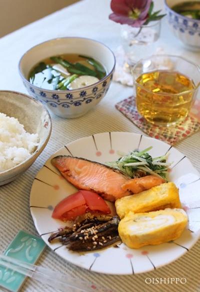 お弁当やランチに!塩鮭ハーブ蒸し焼き