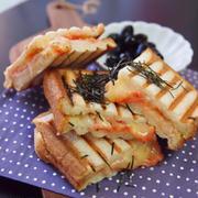 簡単朝ごはん!正月リメイク☆明太餅チーズで和風パニーニ*和ニーニ*ホットサンド