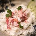 ご飯に寿し酢&ほぐし身にビネガーの蟹鮨丼