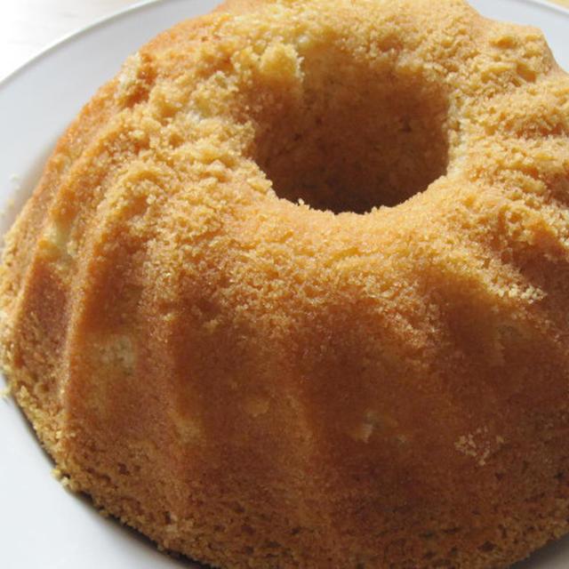 Sockerkaka med kardemumma/ カルダモン風味のケーキ