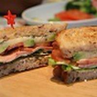 「バジル風味のさわやかポテトサンド」 おうちでサンドイッチパーティー♪
