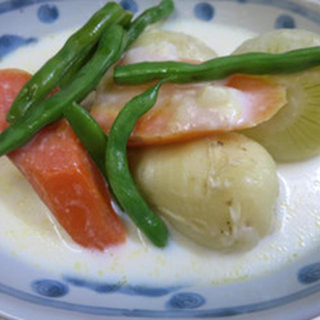 新物野菜のホワイトシチュー