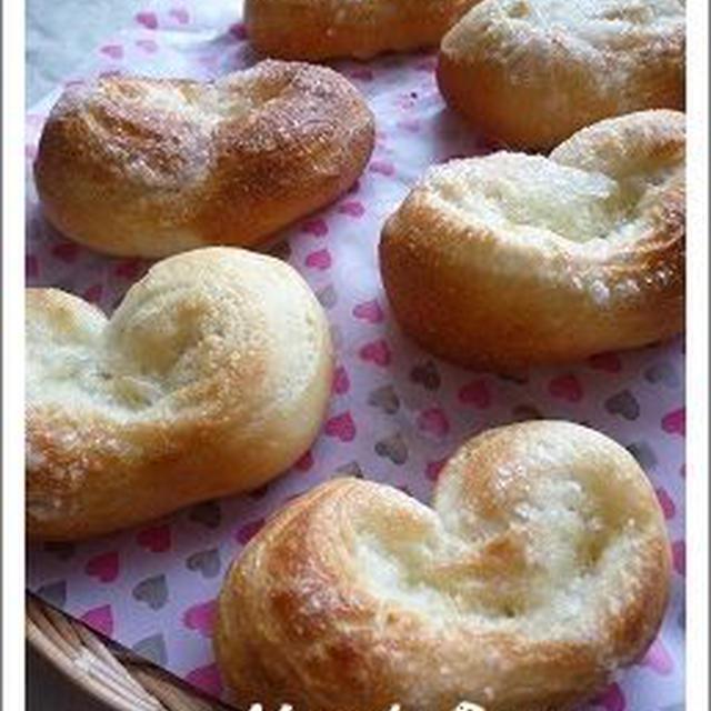 ハートのパン(バター&シュガー)