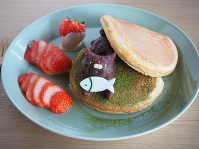 >【レシピ】もちもち☆にゃんこのあんこホットケーキ♪ by らびっとさん
