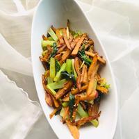 さつまいもと小松菜のシナモン金平