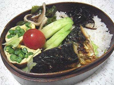 予定外の焼き鯖弁当。たこの晩ご飯