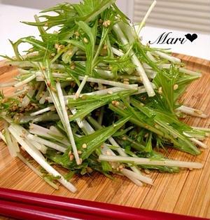 「だし×オイル」シンプル!割烹白だし×ごま油ドレッシングで食べる♡水菜サラダ