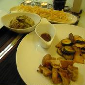 鶏モモ肉のスパイスオイル漬け焼き~エリンギ&ズッキーニ添え~