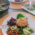 ボリュームも栄養も満点でメインにピッタリ ポートベロマッシュルームのひよこ豆詰めロースト【プラントベース/PBWF】