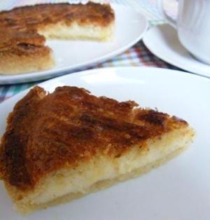 バスク風アーモンドケーキ