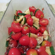 夏にサッパリ、トマトとズッキーニの中華サラダ。。。♡(=^・^=)