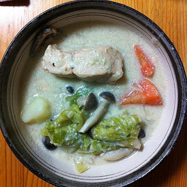 酒粕と豆乳を使って「秋鮭のクリームシチュー」