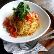 【簡単!!カフェごはん】トマトとツナの冷たいスパゲッティ