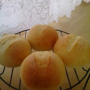 丸パン♪ハンバーグサンド・桃のフルーツサンド♪