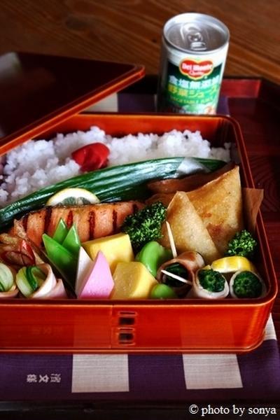 ◆ポテチー三角春巻き弁当と、モテそにゃ。