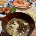 【殻もおいしい】アルゼンチンアカエビの出汁殻で絶品もずくの味噌汁
