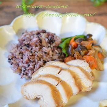鶏の味噌漬けチャーシューと黒米おこわ【炊飯器でワンプレートランチ】