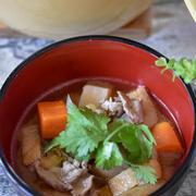 だし香る!根菜ゴロゴロ具だくさん豚汁|ベストおだし料理