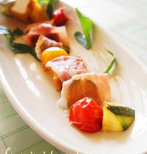 ズッキーニと豆腐のハーブソテー生ハム巻き