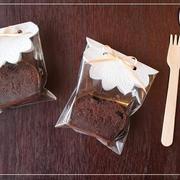 濃厚チョコレートケーキのラッピング