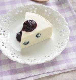 フレッシュブルーベリー♪レア豆乳ケーキ