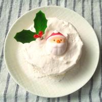 市販のカステラで、ミニクリスマスケーキ