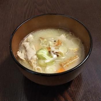 忙しいときにこそ、栄養満点のスープを~ あり合わせで作る豚汁 《 #作り置き #味噌汁 #豚肉 》