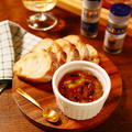 パンにつけて食べたりしても美味しくいただけてワインにもぴったりな風味に☆パンだけでなくチーズにかけたり、ワインにあうお肉料理やお魚料理、ドレッシング作りやワインにあうスパイシーなお菓子作りなどにも大活用できちゃう♪クローブを加えて混ぜるだけでとっても簡単!!!!基本のブラックペパーがアクセント!!!クローブ香る★オレンジマーマレード ※クローブ(ホール)は必ず食べる際取り除いて下さい!【レシピ 1763】【スパイス大使】