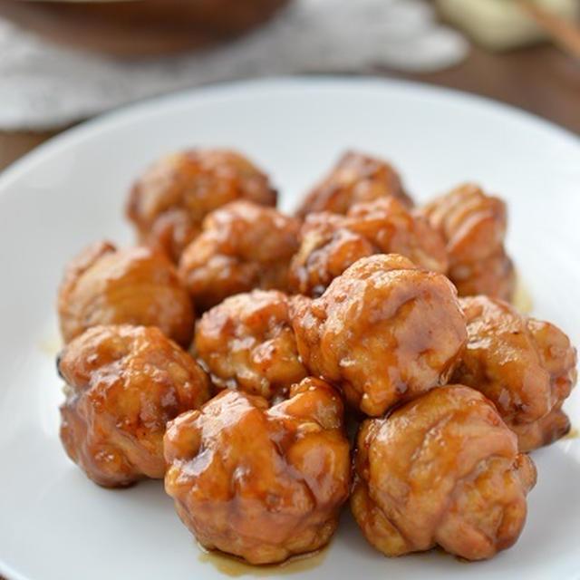 豚こま肉でもふんわりやわらか♪食べ応え抜群!「照り焼き豚こまボール」 ~照り照りでご飯がすすむ!