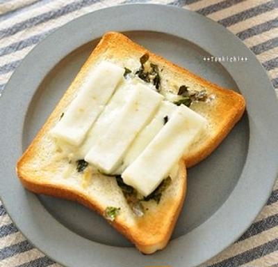 餅チーズトースト