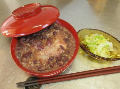 穀物中心の日本人にビタミンB1豊富な小豆が良い&きゅうりの炒めもの