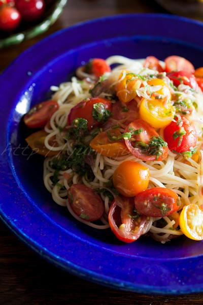 トマトの冷たい和風パスタ