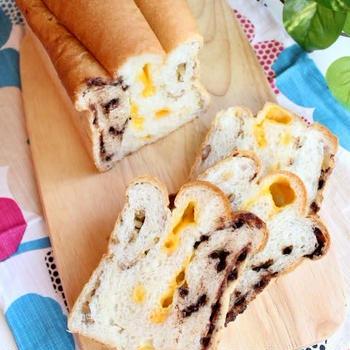 くるみ、チーズ、チョコのトリオ食パン