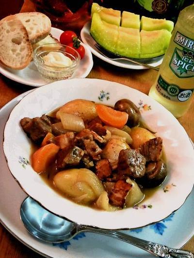 ビーフのシェリー煮込みシチュー ~ ほろほろの牛肉&旨みのとけたスープ