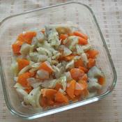 塩蒸し煮野菜のしそ梅和え
