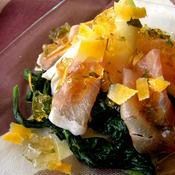 *タラゴンのコンソメゼリー の、生ハム・小松菜・ミニ大根のサラダ