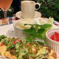 夕食は手作りナン・キーマカレーでピーマンたっぷりのピザ~昨日の夕方の富士山は傘雲が綺麗!!
