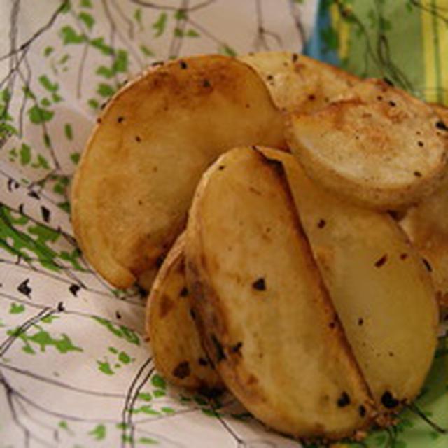 ゴメスのおイモでフライドポテト。