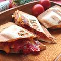 おうちでキャンプ気分♪チーズとトマトがとろけだす♪ホットサンドメーカー(サンドイッチ)(子どもの日)