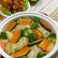 お鍋ひとつで簡単ハロウィン!野菜たっぷりシチュー風、爽やかジンジャークリームのロールキャベツ。