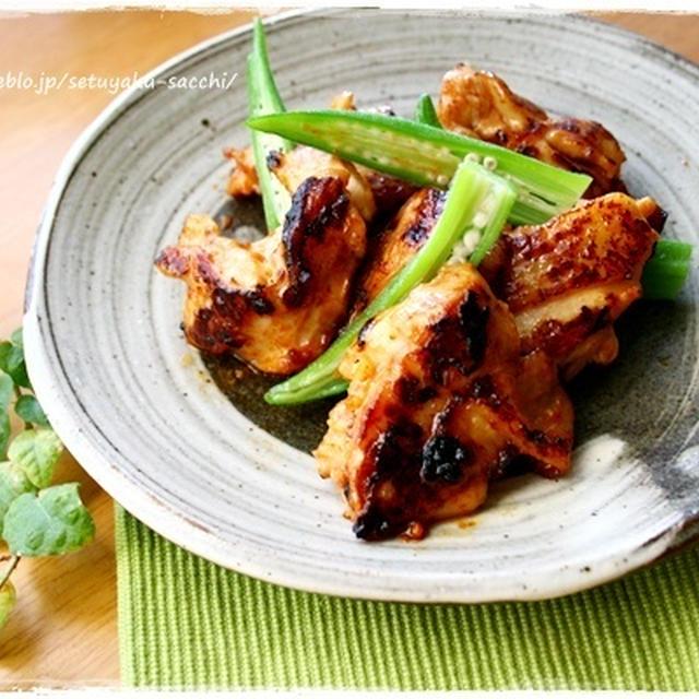 揉んで焼くだけシリーズ!すりおろし玉ねぎで鶏もも肉のバーベキューと広島の牡蠣ソースで(´∀`*)