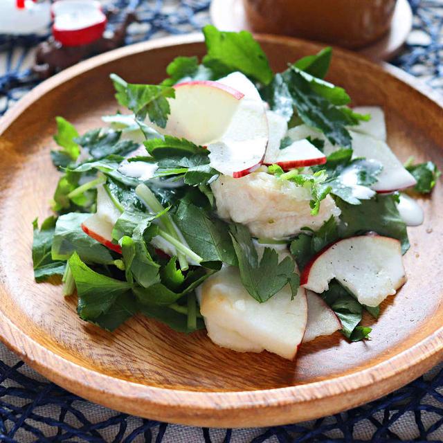 みつばとリンゴのチキンサラダ【香り豊かな高タンパクサラダ】|レシピ・作り方  by 筋肉料理研究家Ryota