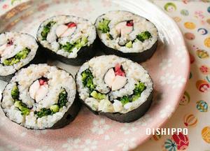 ■お花の巻き寿司<br><br>母の実家のほうの冠婚葬祭にかかせない郷土料理「花巻き寿司」です。節分...