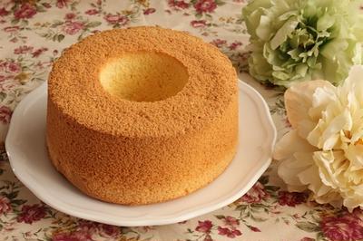 ホットケーキミックスで簡単!ふわふわバニラシフォンケーキ