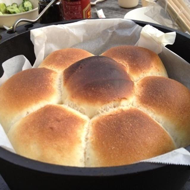 ダッチオーブン☆パン