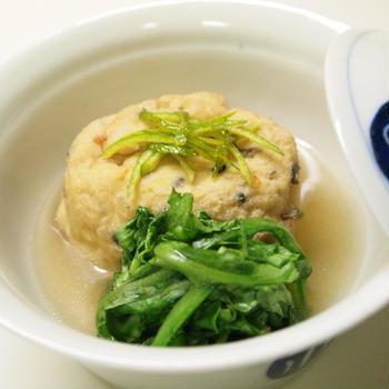飛竜頭と菊菜の煮物