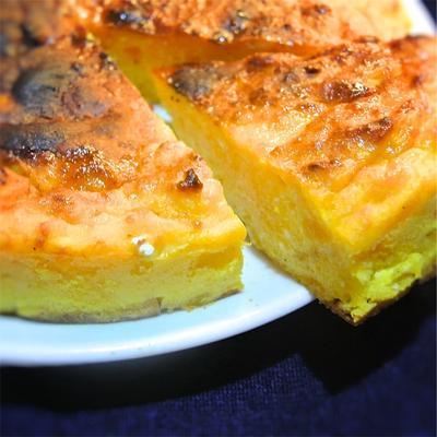 混ぜて焼くだけ!かぼちゃのチーズケーキ