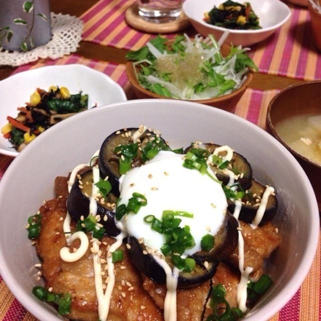 THE男飯‼︎豚肉と茄子のピリ辛温玉丼♡小松菜とひじきの旨炒め♡…豚肉のワンポイントアドバイス