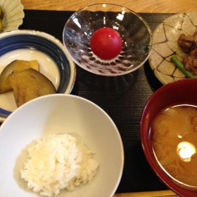 牛肉とインゲン炒めの定食
