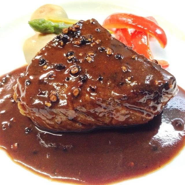 牛肉のステーキ ブラックペッパーソース Cell Revise/Cell Reborn レシピ